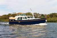202-Linssen Grand Sturdy 43.9 AC-01
