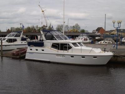 Motorová jachta Drat 42