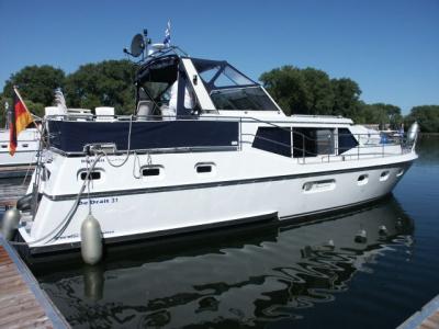 Motorová jachta Drat 31