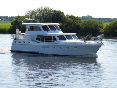 Motorová jachta Drat 34