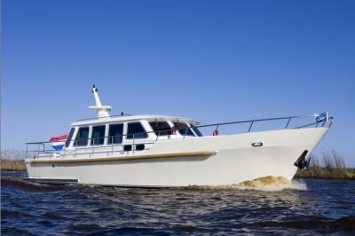 Motorová jachta drat-74