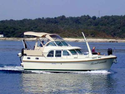 Motorová jachta l29.9