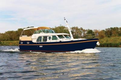 Motorová jachta lgs43.9ac
