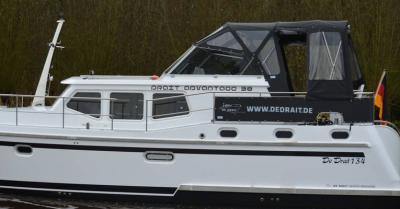 Motorová jachta a38d133