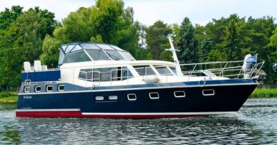 Motorová jachta r50d52