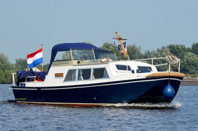 Motorová jachta 850okeausauvage