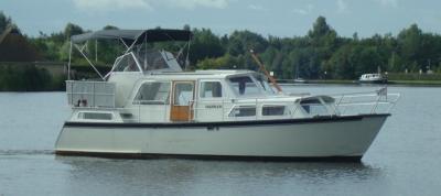Motorová jachta Hannah/G