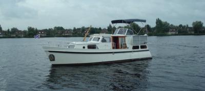 Motorová jachta Diana/L
