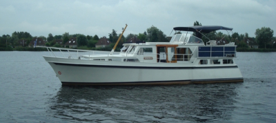 Motorová jachta Minerva/G