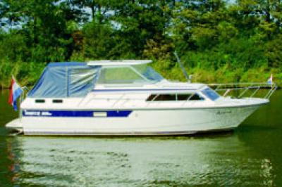 Motorová jachta Marco