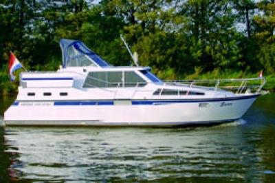 Motorová jachta Succes