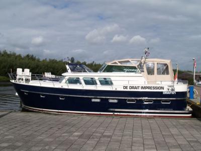 Motorová jachta Drat 61