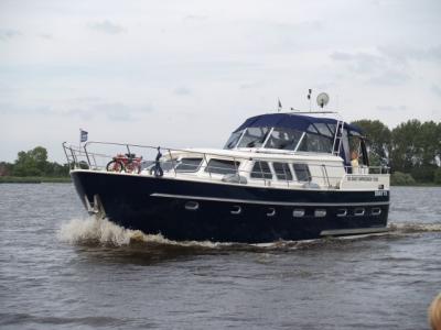Motorová jachta Drat 73