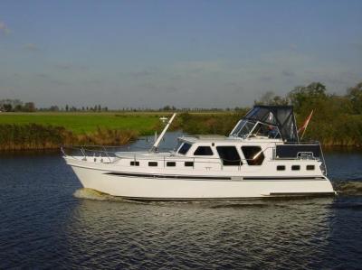Motorová jachta ba1020
