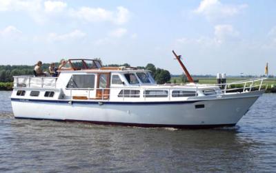Motorová jachta BH1300