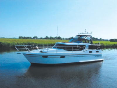 Motorová jachta irn1070