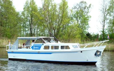 Motorová jachta PA950-OK