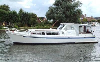 Motorová jachta PA1100-OK