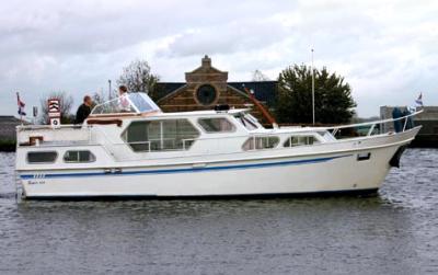 Motorová jachta SV1150